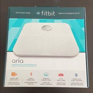 Fitbit Aria Scale - Wi-Fi Smart Scale - White